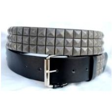 Pyramid Studded Grey Belt