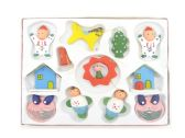 WOODEN X-MAS DECORATIONS 12PC