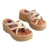 WOMANS 2.9 INCH WEDGE SANDAL SIZE 6 - 10 NATURAL COLOR